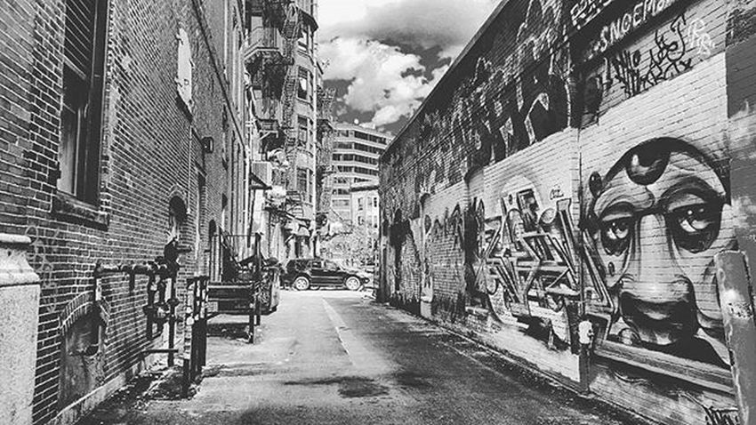 Alleys Johnnylopezthephotographer Lnlphotofarmphotography Fall City Sketch Classic Mountains Green Skylovers Tree Nature Love Naturelovers WOW Amazing Graffiti Models IGDaily Likes Smile Instagood Smile Instadaily Instamood La instafamous famouscaptures