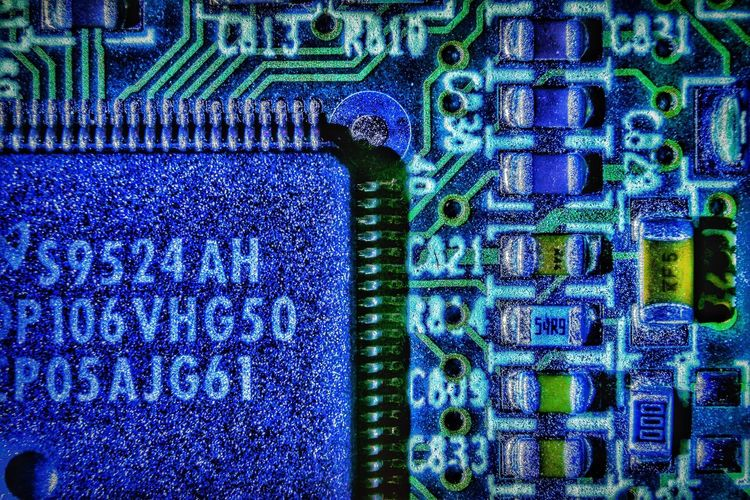 Close Up Technology Electronics  Circuit Boards Technology Close-up Shadows & Lights Marco Close Up Photography Macro Photography Microchips Capacitors Silicone Boards Hard Drive Computer Chip Curcuit Curcuitboard