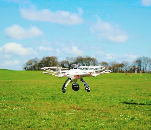 Canon EOS 600D DSLR That's Me Showcase April Moving Images Drone Moments Bluesky