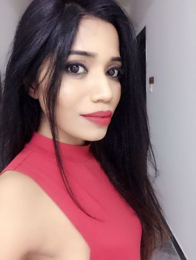 Fashion Model Model Glamour Tanyasingh Tanya Singh Pink Lipstick  Actress Casual Clothing Close-up Smiling Beauty Black Hair #Tanya Singh #model Models Elégance Posing Long Hair Confidence  EyeEmNewHere Portrait Fashion Females Lifestyles Modern