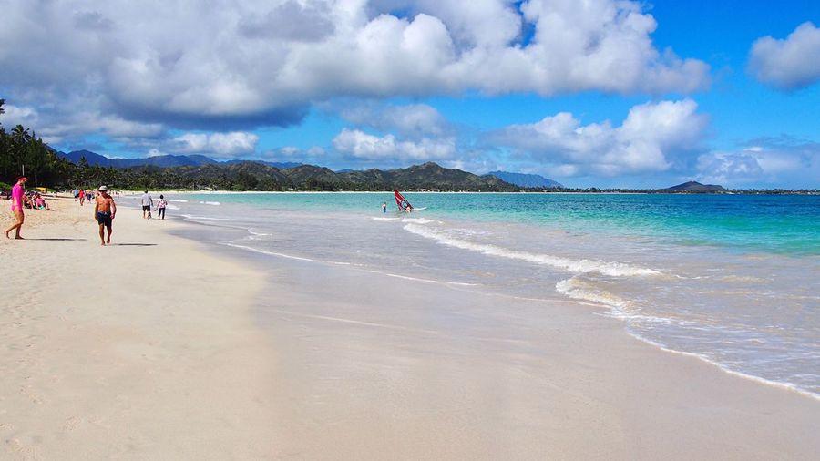 Kailua Beach 🐚🐠🌴 Kailua  Oahu Hawaii USA Beach Hawaiishots White Sand Wave Sea And Sky Sky And Clouds Real People Vacations Travel Photography EyeEm Selects Island Aloha Enjoying Life Beautiful Nature My Year My View カイルアビーチ オアフ島 ハワイ アメリカ ビーチ