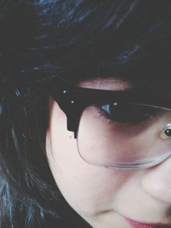 óculos quebradinho y.y