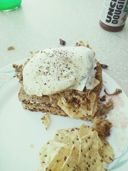 Name this sandwich. Pulled pork and fried egg. Foodporn BBQ Sandwichphoto