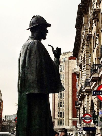 Elementary, Watson!??? Historical Sights Sightseeing London The Portraitist - 2014 EyeEm Awards Silhouette Seeing The Sights Battle Of The Cities