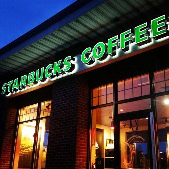 My corporate vice. Starbucks Coffee Poughkeepsie Newyork Grande Pikeplace NoSugar Latergram