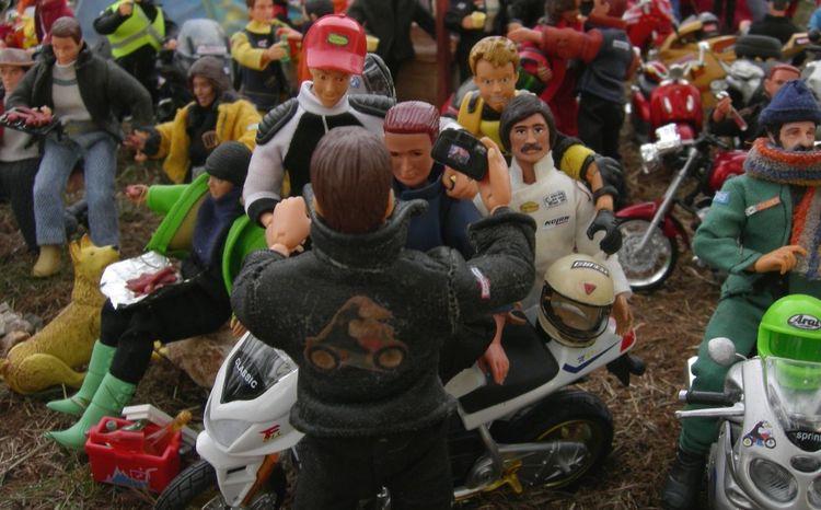 Concentracionpingüinos Concentración Dioramas Madelman Motorbike Motorbikes Motorbikestyle Toys Art