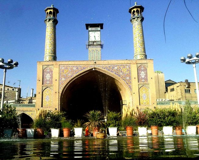 مسجد زیبایی هستش در بازار تهران ايران تهران