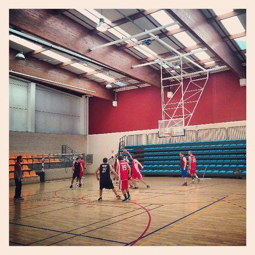 And heeeeereeeeeeee @lossantos Otro domingo de basket! Igersbasket Igerssports XperiaZ1 Igersislazul igerssunday negugoring hoysi de25