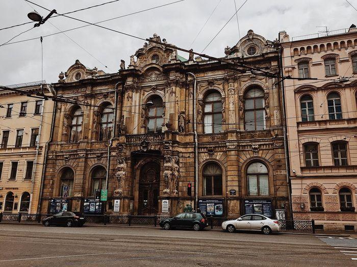 Love атмосфера Санкт-Петербург литейный Built Structure Architecture Building Exterior Mode Of Transportation Transportation Building Car