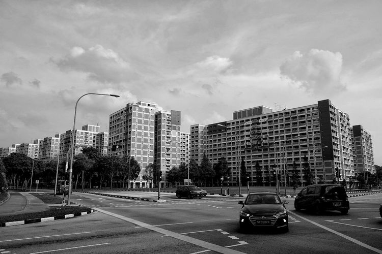 Architecture Architecture_collection Sky And Clouds Streetphotography Bw_collection Blackandwhite Streetphoto_bw Bwphotography Urbanphotography