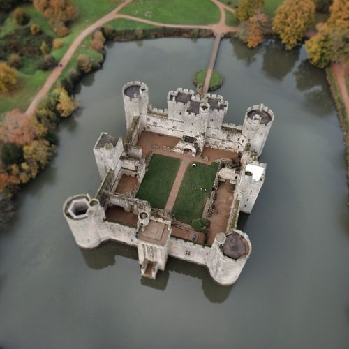 EyeEm Selects Water High Angle View Nationaltrust Outdoors Uk Great Britain No People Lake Day Nature Bodiam BodiamCastle Bodiam Castle Drone  Mavic Mavic Pro Dji