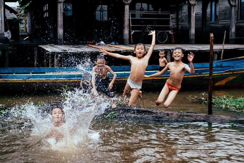 People enjoying fountain