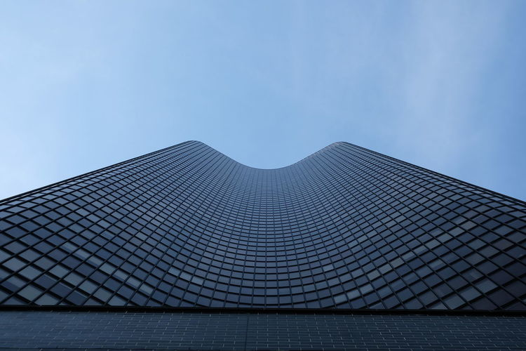 Chicago City Shapes USA Architecture Building Built Structure Glass - Material Low Angle View Modern No Edit/no Filter No People Office Office Building Exterior Sky Skyscraper Street Photography Symmetry Urban Windows