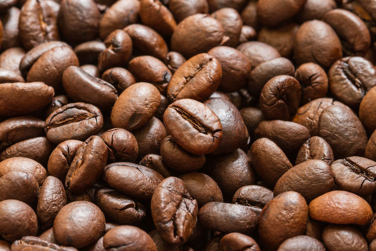Abundance Backgrounds Brown Caffeine Close-up Coffee Coffee - Drink Coffee Bean Drink Food Food And Drink Freshness Full Frame Indoors  Large Group Of Objects No People Refreshment Roasted Roasted Coffee Bean Snack Still Life