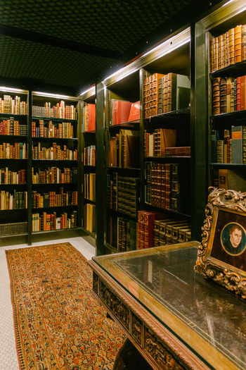Shelf Book Bookshelf The Morgan Library & Museum Collection Display Cabinet Manhattan Murray Hill New York NYC