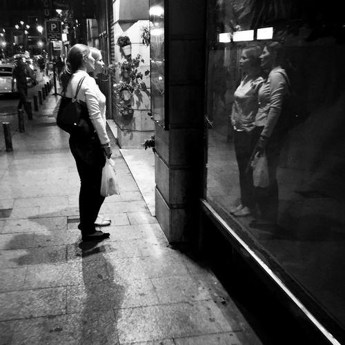Monochrome Streetphoto_bw NEM Black&white Blackandwhite Streetphotography City City Lights Street Life Street IPhoneography