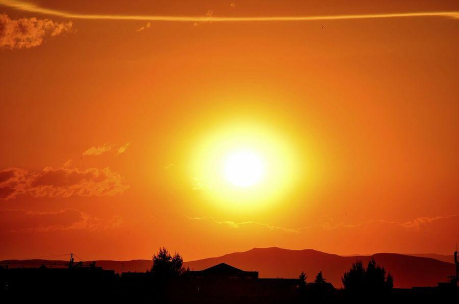 Sunset Sun Huge Sun Oujda Morocco Sky Orange Sky And Clouds