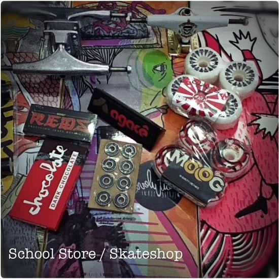 Skate é na School Store Shape Truck Roda Rolamento parafuso skate skateboard variedade schoolstore school store core lifestyle urbanwear skateshop boardshop siga follow followme me