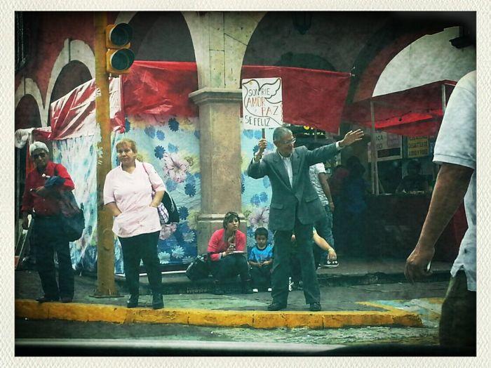 lo que se ve por las calles del México bonito... no todo es lo que creen! Hello World Enjoying Life