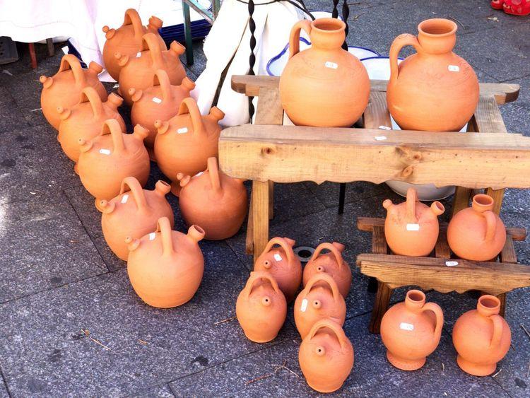 Market Retail  Large Group Of Objects Variation Handmade Craft Summer Bottle Thirsty  Spanish Culture Antique Art Spanish Tipical Spanish Jumble Sale Shop Market On Sale Mud (null)Crafts Artesania Hand Craft Botijos Botijo