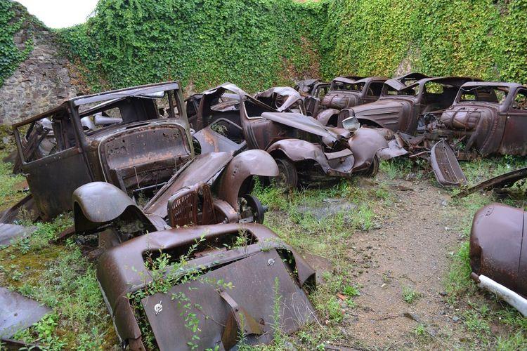 Abandoned Damaged France Land Vehicle Old Oradour Sur Glane Rusty Village Martyr