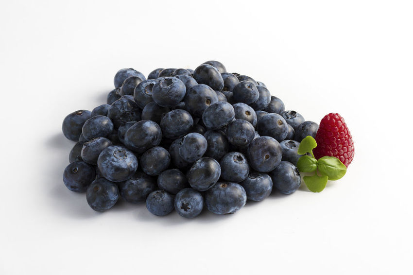 Black Color Blackberry Blueberry Close-up Copy Space Food Food And Drink Freshness Fruit Green Leaf Healthy Eating Nature No People Raspberry Red Studio Shot White Background