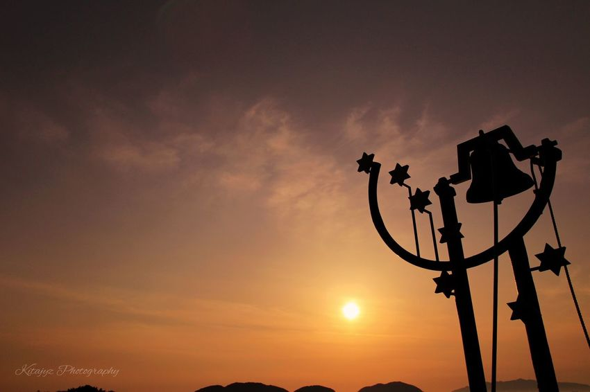 Sunset and sea 🌊.... Sunset Silhouette Sky Low Angle View Street Light EyeEmBestPics EyeEm Best Shots - Nature EyeEm Best Shots EyeEm Gallery Lovely Soft Light Beauty In Nature Canonphotography Beautiful Nature Sunset Silhouettes Sunset_collection Sunset #sun #clouds #skylovers #sky #nature #beautifulinnature #naturalbeauty #photography #landscape 玄界灘 Live For The Story