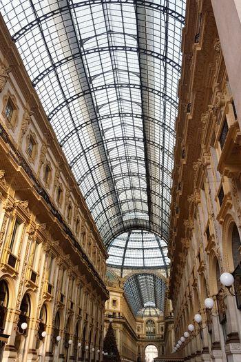 Architecture Milano Galleria Vittorio Emanuele Italy