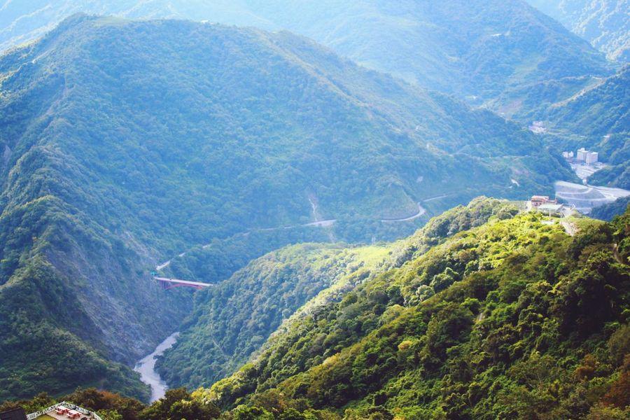 清淨 The View And The Spirit Of Taiwan 台灣景 台灣情 EyeEm - Taiwan EyeEm Taiwan Mountain Scenics Aerial View Nature Beauty In Nature Landscape Mountain Range Tranquility Tranquil Scene High Up No People Outdoors Day Horizontal Sky Drone