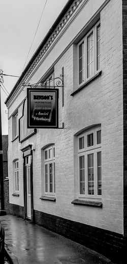 The Admiral Rodney, Long Buckby, Northamptonshire (now a hairdressers) Pubs Black And White Architecture Monochrome Northampton Pubs Northamptonshire In Long Buckby