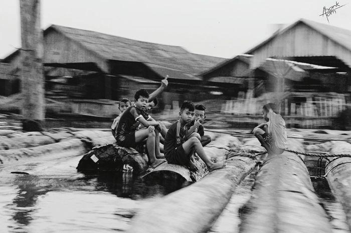 sisi lain pasar terapung banjarmasin Bestmoment Eyeemindonesia INDONESIA Banjarmasin Humaninterest Panning Blackandwhite Streetphotography EyeEm Best Shots Eye4blackandwhite