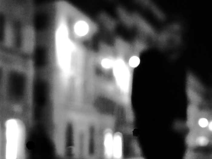 Roma Night Man Alone Foto Brutta Senza Senso Senza Se E Senza Ma Sfocatura Sfocatura B/n Photography Copyright Nature Photography Likeforlike Night Arts Culture And Entertainment Music One Person Human Hand Real People Performance Close-up Indoors  Men People Rock Music Nightlife One Man Only
