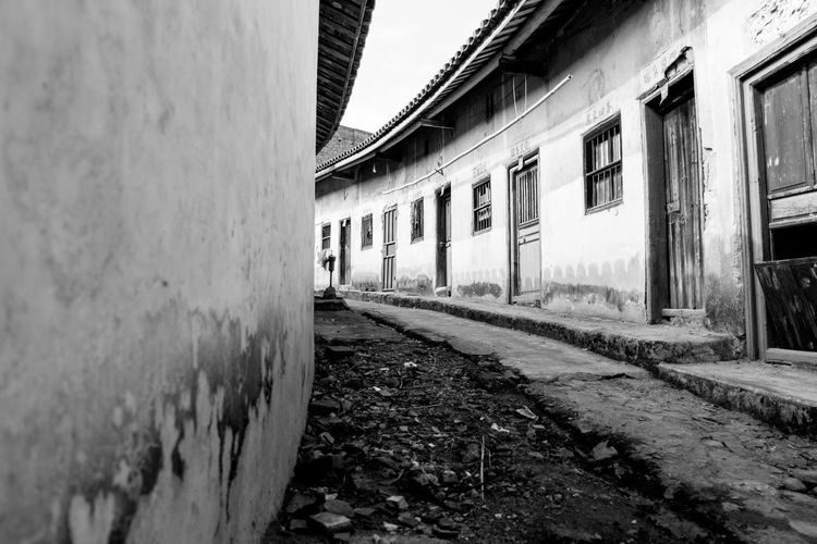 Wen Gong Ci, in Meizhou, Guangdong, China. taken while visiting my wife's hometown for the Chinese New Year. Meizhou Architecture Blackandwhite Building Exterior Built Structure China Day No People Outdoors