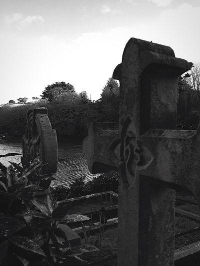 Church Steadfast Graveyard Stjustinroseland Cornwall Creek Cross Cemetery Sky The Past No People Memorial Day