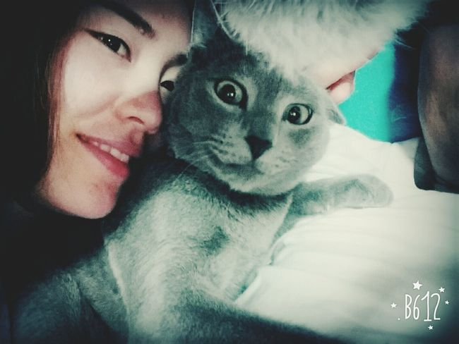 What did I do to you,,, LET ME GO~!! Precious Moments Of Life Eyemphotography My Cat 女朋友 Girlfriend Check This Out Smartphone Photography Galaxy Note3 猫 Special To Me