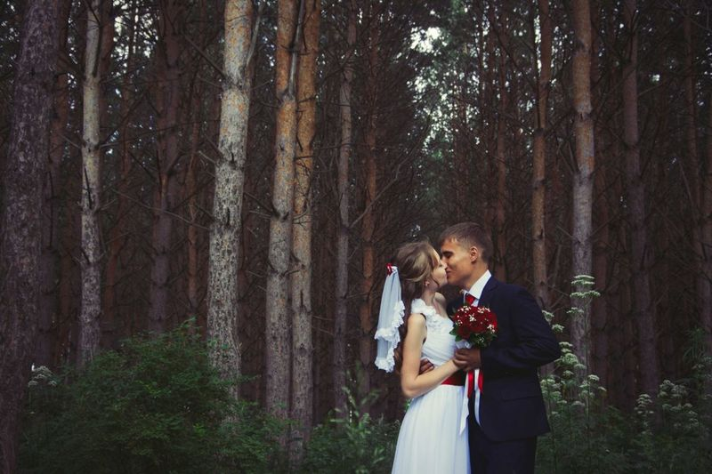Wedding Kiss Forest Park Forest