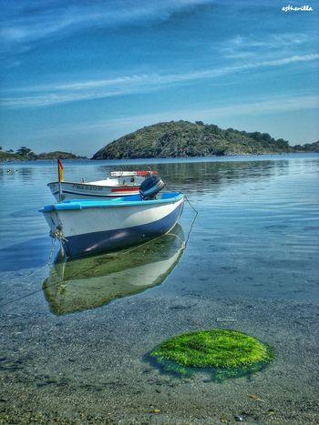 Port Lligat. Girona. Hello World Portlligat Girona Mediterraneo Mediterranean Sea Dalí Reflejos Playa Barcas Capturing Freedom
