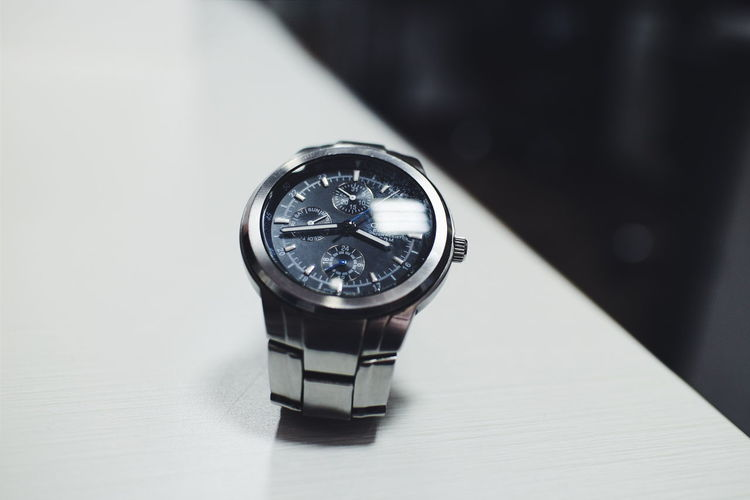 Showcase March Watch Wristwatch Watch On Table Steel Watch Shiny Steel Stainless Steel  Stainless
