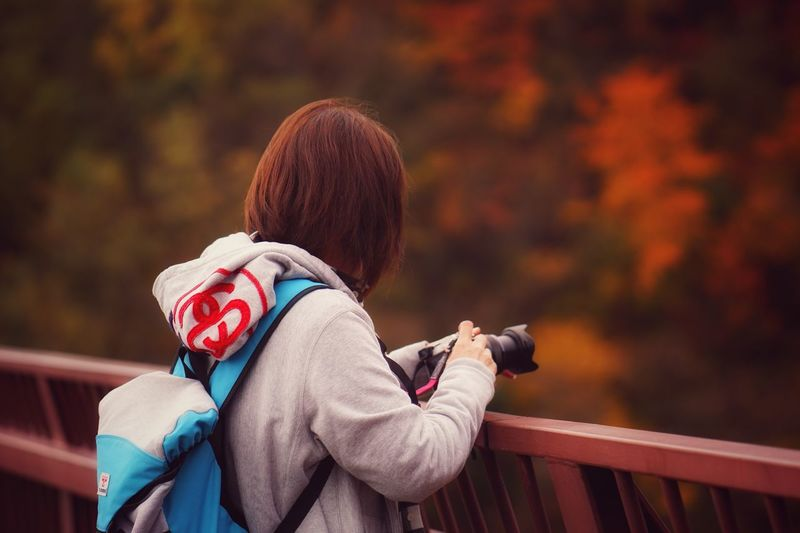 Capture The Moment Autumn Colors One Woman Only Taking Photos Of People Taking Photos Autumn🍁🍁🍁 Only Women Women Who Inspire You People Nature Beauty In Nature Travel Traveling Home For The Holidays Fashion Bokeh Background Women Around The World EyeEmNewHere Fine Art Landscapes Scenics Tranquil Scene Still Life Outdoors Batis EyeEm Best Shots 16_11