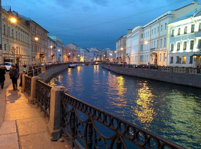 In st. Petersburg Niva Stpetersburg Petersburg Russia