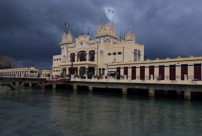 Architecture Built Structure Cloud - Sky Cloudy Mondello Beach Mondello❤ Palermo Sicilia Sicily, Italy Stabilimento Balneare Travel Destinations Water