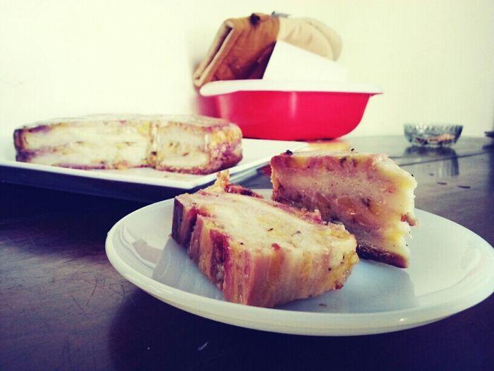 Vietnamese Banana Pudding Cake by Samantha Spears. Food Porn My Edible Mess Food