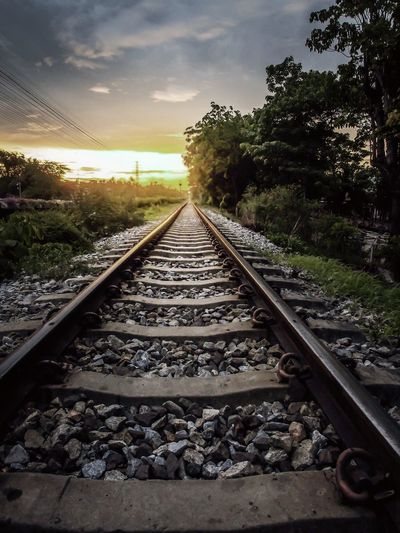 Railrroad , clouds , eveing , sunset , light