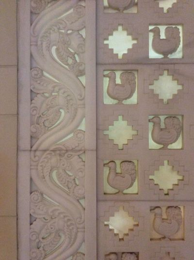 Hydrabad White Marble Traditional carvings Square Forms hotel decoration India