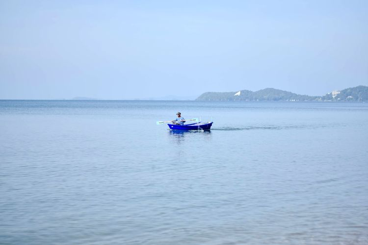 Clear Sky Floating On Water Nautical Vessel Horizon Over Water Landscape