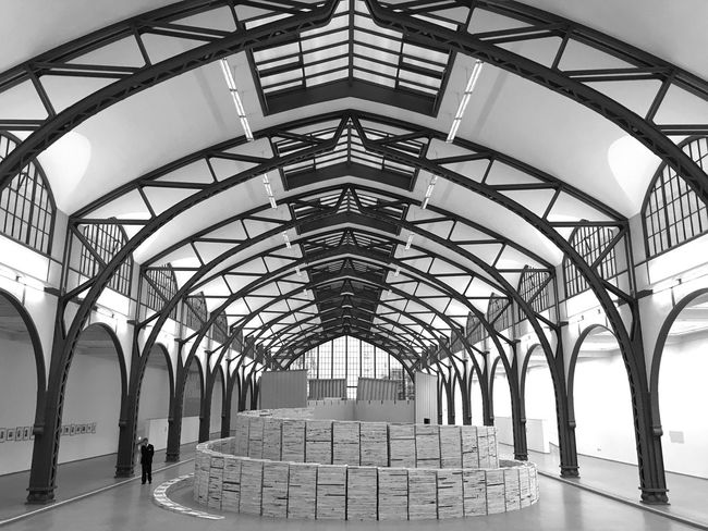 Black & White Black And White Blackandwhite Perspective From My Point Of View Architecture_collection Geometric Shapes Vanishing Point Urban Geometry Architectural Detail Architecture Hamburger Bahnhof Showcase March