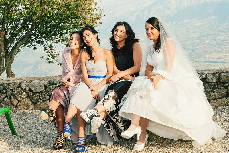 #sisters  #bridemaides EyeEm Selects Sitting Togetherness Full Length Smiling Friendship Bride Wedding Wedding Dress Adult Portrait Women Outdoors Young Women People Happiness Cheerful Young Adult Day Looking At Camera Vacations