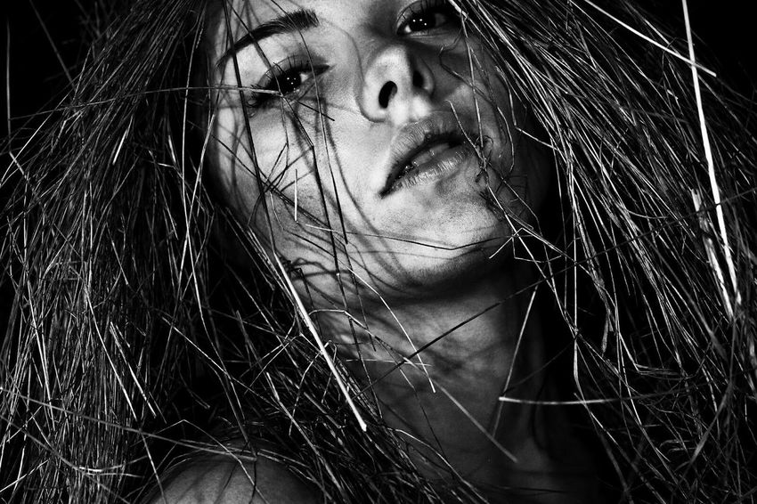 B&W Portrait Check This Out Cheese! Blackandwhite Photography Amazing Model Girl