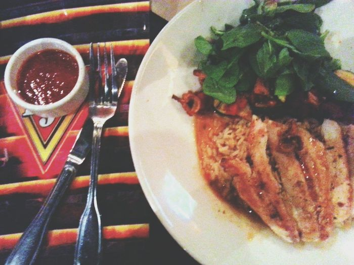 Chicken El Fresco +a side of Sirachia ♡ Foodie