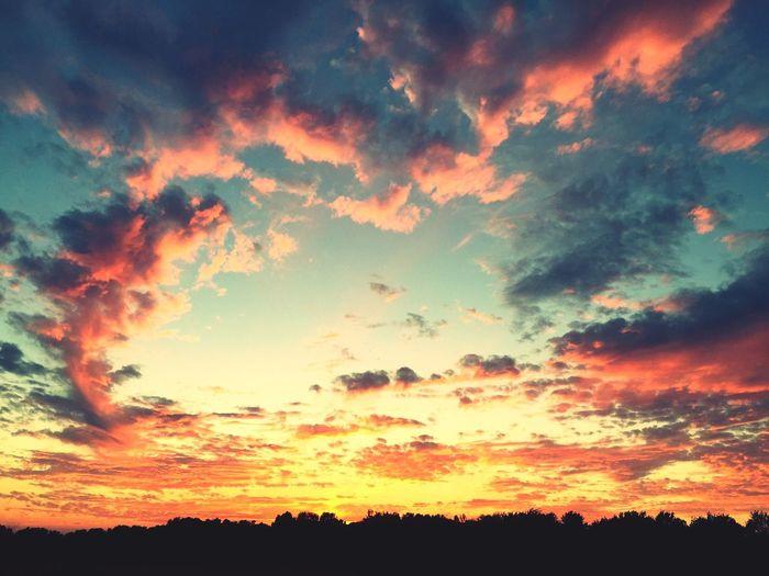 Beauty In Nature Cloud Cloud - Sky Cloudscape Cloudy Dark Dramatic Sky Idyllic Landscape Majestic Moody Sky Nature No People Non Urban Scene Non-urban Scene Orange Color Outdoors Overcast Remote Scenics Sky Sunset Tranquil Scene Tranquility Weather